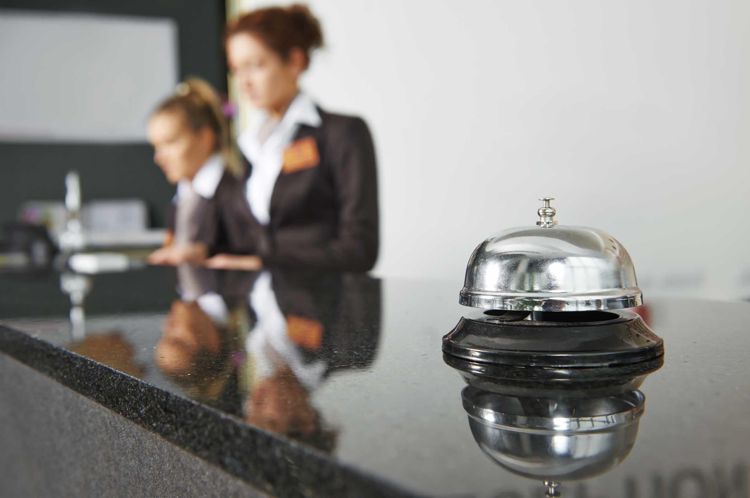 Comment utiliser le SMS Professionnel dans le secteur hôtelier ?